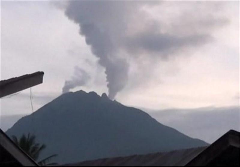 فعالیت مجدد آتشفشان غرب اندونزی هزاران نفر را فراری داد