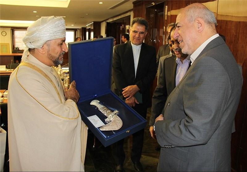 وزیر منابع آب عمان با وزیر نیروی ایران دیدار کرد
