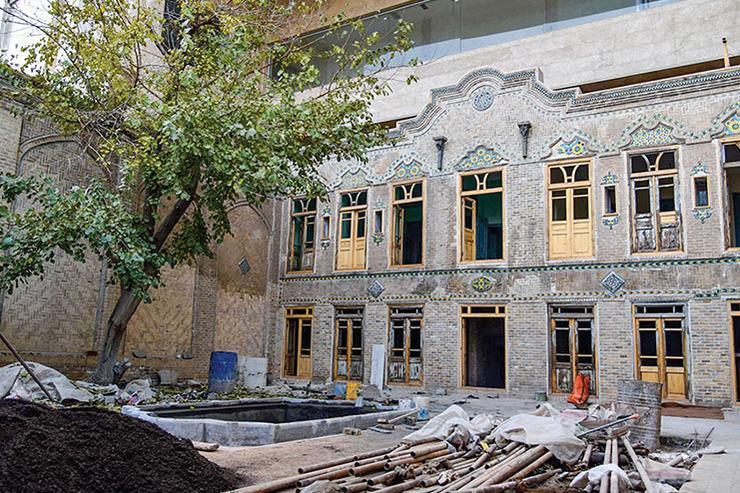 مرمت سومین خانه تاریخی بافت ثامن در ایستگاه پایانی
