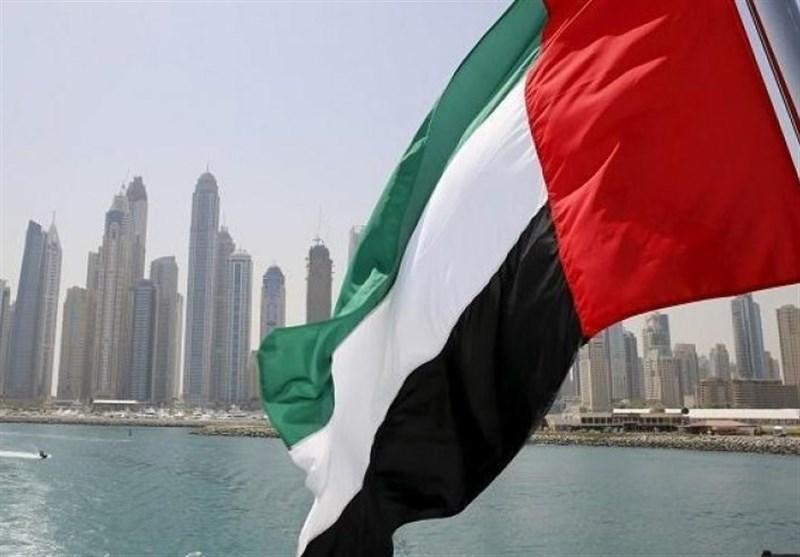 ساختمان محفظه ایمنی راکتورهای امارات تَرَک برداشته است