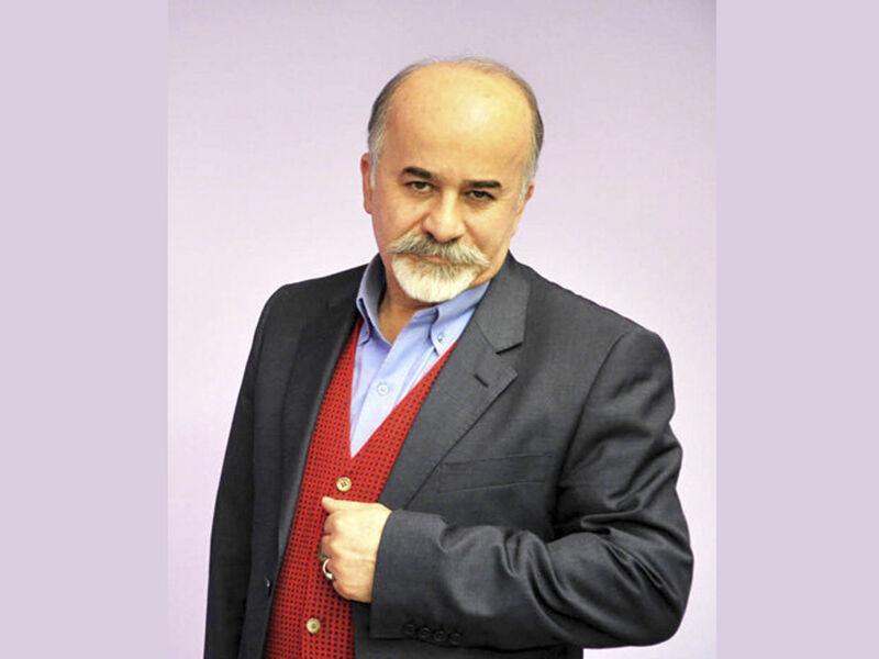 خبرنگاران اسرافیل شیرچی در کنار همیم را خوش نوشت