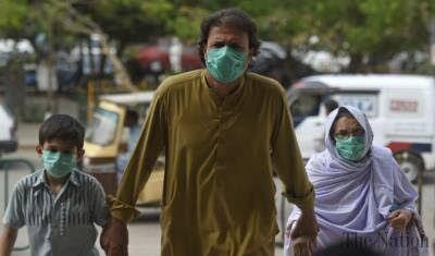 کرونا هر یک ساعت در پاکستان 4 قربانی می گیرد