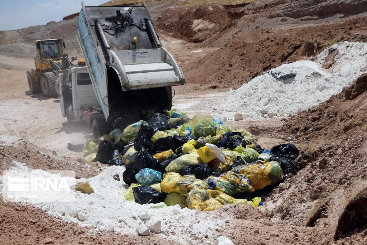 خبرنگاران فرماندار خرمشهر : تمهیدات لازم برای مکانیزه کردن دفن پسماند فراهم گردد