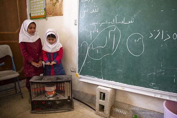 بخاری های نفتی از مدارس کامیاران برچیده می شود
