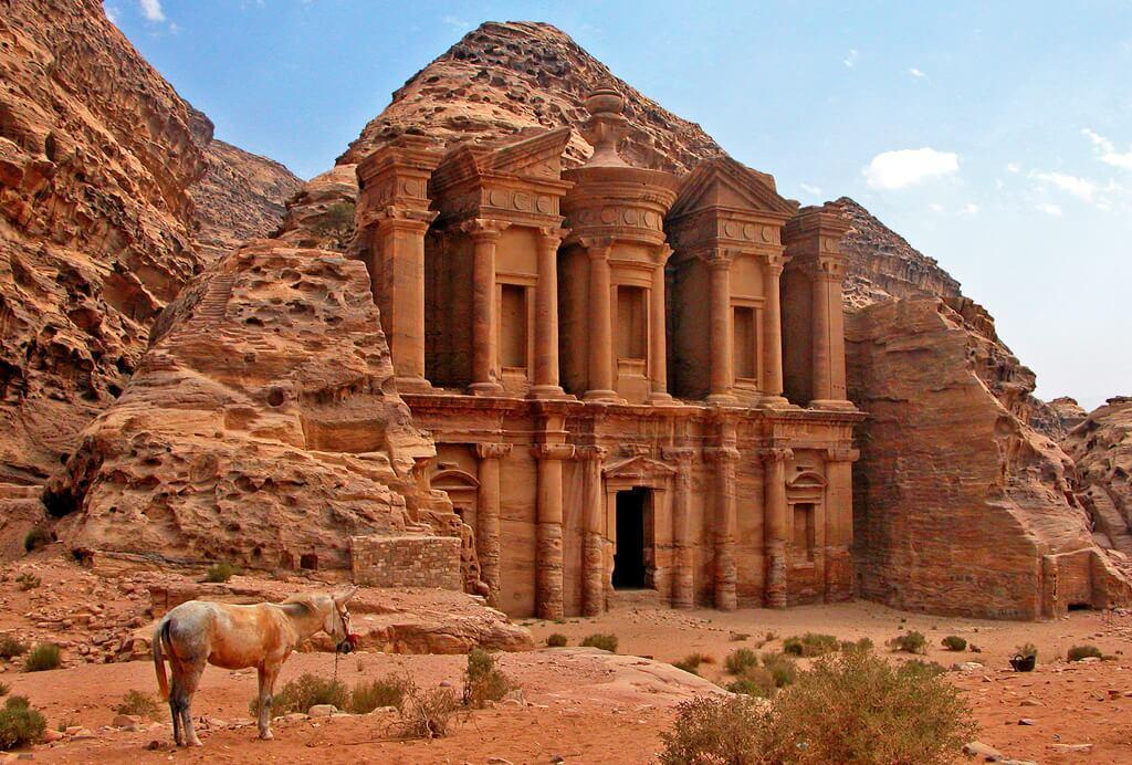 جاذبه های حیرت انگیز اردن؛ از دره ماه تا دریای مرده