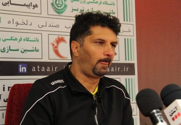 حسینی: استقلال یکی از بهترین تیم های ایران است، هر دو تیم به سه امتیاز این بازی احتیاج دارند