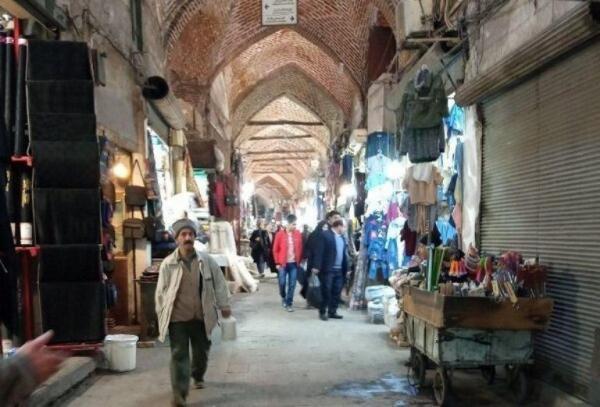 خبرنگاران فرماندار: بازار تبریز تعطیل نمی گردد