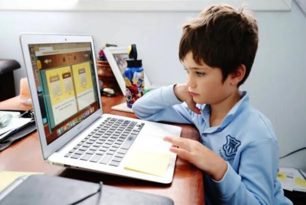 استرس بچه ها در پی غیرحضوری شدن مدارس