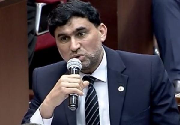 نماینده مجلس عراق: محکومیت صرف کافی نیست؛ مصوبه مجلس در اخراج آمریکایی ها باید اجرایی شود