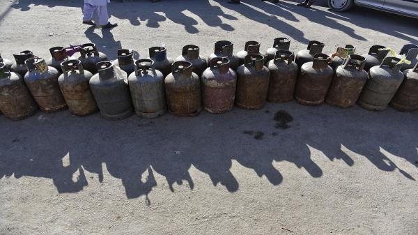 ماجرای آتش زدن 150 سیلندر گاز در ایرانشهر چه بود؟