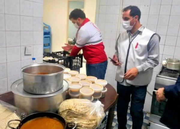 خبرنگاران هلال احمر شمیرانات؛ از توزیع غذا میان نیازمندان تا نجات جان مصدومان